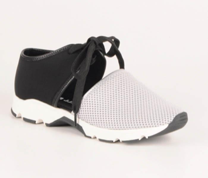 Two tone sneaker
